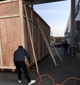 大型木箱现场包装